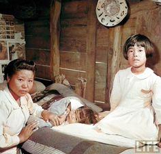 Showa Era, Okinawa, Japanese Art, Scene, Culture, Feelings, History, Couple Photos, Couples