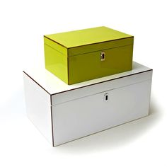 Small storage in lime green and neutrals for the BESTA unit.