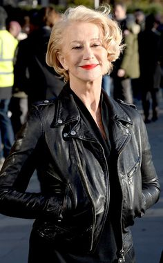 Helen Mirren from The Big Picture: Today's Hot Photos The actress appears on set of her first L'Oreal Paris Age Perfect Skincare TV ad in London. Grown Out Pixie, Dame Helen, Helen Mirren, Older Women Fashion, Ageless Beauty, British Actresses, Celebrity Outfits, Aging Gracefully, Famous Women