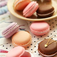 Cheap Lindo color del caramelo Macaron Mini Storage Box Joyero píldora del regalo de cumpleaños, Compro Calidad Maletines directamente de los surtidores de China: