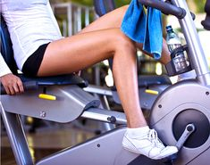 Top experts set the record straight on health and fitness myths that just won't die. Hip Strengthening Exercises, Knee Exercises, Floor Exercises, Best Workout Machine, Workout Machines, Exercise Machine, Low Impact Workout, Benefits Of Cardio, Recumbent Bike Workout