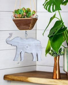 An elephant to hang your plants with Wooden Elephant, Grey Elephant, Elephant Planter, Wooden Containers, Succulents In Containers, Wood Planters, Hanging Planters, Air Plants, Handmade Wooden