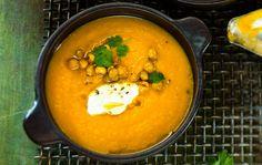 Terveellinen kurkuma viimeistelee keittojen maut – valitse suosikkisi neljästä reseptistä