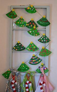 Art Paper plate trees, sweet project for a crafter noon with little ones Paper plate Christmas tree garland holiday Preschool Christmas, Christmas Activities, Christmas Projects, Christmas Holidays, Craft Activities, Christmas Decorations For Classroom, Paperplate Christmas Crafts, Simple Christmas Tree Decorations, Christmas Tree Decorations For Kids