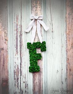 Easy Monogram Wreath #DIY monogram letter, green moss beads, ribbon,  hot glue