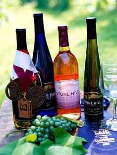 Enjoy the Midwest's growing wine scene with a scenic drive or overnight stay in one of the region's thriving wine areas.