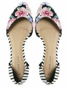 Zapatos bajos de flores