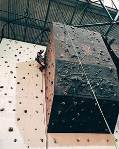 Hey acrophobia:  #indoorclimbing #climbing #boulder #rappel #rappelling