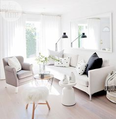 49 Top Design Ideas For A Small Living Room. Are you looking for interior decorating ideas to use in a small living room? Small living rooms can look just as attractive as large living rooms. Home Interior, Living Room Interior, Living Room Furniture, Living Room Decor, Furniture Stores, Furniture Layout, Cheap Furniture, Modern Furniture, Furniture Design