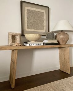 Home Living Room, Living Room Decor, Console Table Styling, Style Deco, Interior Decorating, Interior Design, Deco Table, Home And Deco, My New Room