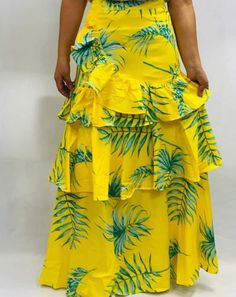 African Print Fashion, African Fashion Dresses, Long Pleated Maxi Skirt, Trendy Outfits, Cute Outfits, Kurti Designs Party Wear, Western Wear, Well Dressed, Dress To Impress