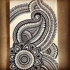 Mandala Doodle, Easy Mandala Drawing, Mandala Art Lesson, Mandala Artwork, Mandala Sketch, Abstract Pencil Drawings, Doodle Art Drawing, Art Drawings Sketches Simple, Mandala Design