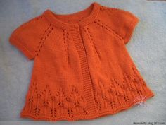 just a yarn knitting for children: A top down knitting with pattern Baby Knitting Patterns, Knitting Blogs, Knitting For Kids, Baby Patterns, Baby Vest, Baby Cardigan, Knit Or Crochet, Crochet Baby, Orange T Shirts