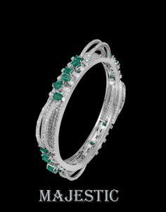 Beauty is indescribable. Cuff Bracelets, Bangles, Diamond Jewellery, Cute Jewelry, Tiffany, Jewelery, Cuffs, Jewelry Making, Dragon