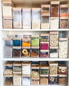 Fully Stocked: Essential Ingredients for the Pantry - andrea marchpane - Organisation Kitchen Organization Pantry, Home Organisation, Kitchen Pantry, Organization Hacks, Organized Kitchen, Tiny Pantry, Pantry Diy, Prep Kitchen, Pantry Inspiration