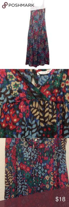 Indie lightweight printed cotton dress Pretty floral dress in the lightest cotton, long n flowy, hand wash, SIZE M, adjustable bra straps, approximately 56 inches long ( can be made shorter or longer from straps), 36 inches pit to pit, in great condition Derek Heart Dresses Maxi