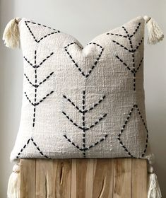 Organic natural raw cotton cushion/pillow cover in neutral cream colour. Hand-dyed with detailed stitching and tassels. Square Size: x / 50 cm x Diy Cushion Covers, Cushion Cover Designs, Cushion Pillow, How To Make Pillows, Diy Pillows, Decorative Pillows, Cushion Embroidery, Cream Colour, Pillow Inspiration