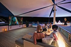 Top 8 outdoor cinemas on superyachts - Yacht Harbour