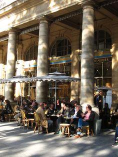 Café Le Nemours, Place Colette, Paris, France (Louvre / Place Vendôme)