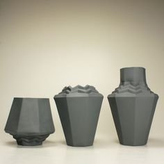 REPAP VASE black porcelain Barbora Šimková Porcelain