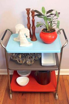 Have a look at our site for lots more regarding this terrific diy furniture makeover Diy Furniture Cheap, Bar Furniture, Repurposed Furniture, Furniture Projects, Kitchen Furniture, Cheap Home Decor, Furniture Makeover, Painted Furniture, Diy Projects
