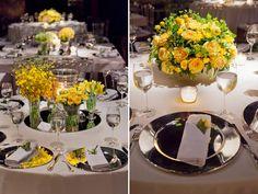 Na foto da direita, a base de espelhos está ok, mas as flores assim ficaram muito simples