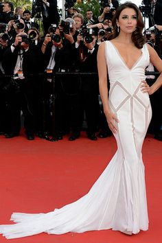 Eva Longoria is winning in white at the De Rouille et D'os premiere during the 65th Annual Cannes Film Festival on May 17, 2012.