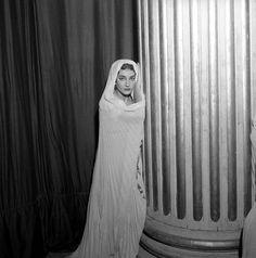 Maria Callas as Giulia (1954).