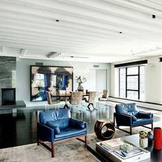 The swoonworthy Tribeca loft of NZer Grant Biggar with interiors by David Howell, as seen in Home NZ magazine. David Howell, Modern Lounge, Entryway Bench, Loft, Homes, Interiors, Magazine, Furniture, Home Decor