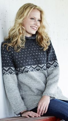 Strik en skøn sweater i økologisk bomuld - FamilieJournal. Fair Isle Knitting, Hand Knitting, Rowan Felted Tweed, Icelandic Sweaters, Hand Knitted Sweaters, Sewing Clothes, Knitwear, Knitting Patterns, Knit Crochet