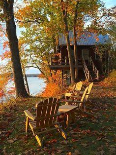 Sit a while in the the Fall Stillness and beauty... não sei se aqui seria possível, pq é em APP (área de preservação permanente)...
