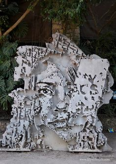 Oeiras, Portugal: new pieces by Portuguese artist Alexandre Farto aka Vhils for Festival Iminente. CLICK FOR DETAILED INFO ABOUT THE FESTIVAL Credits Photo: Liliana Navarra.