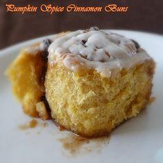 Pumpkin Spice Cinnamon Buns #pumpkin #cinnamonrolls #breakfast