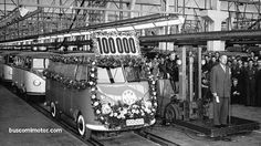 65 cumpleaños de la «furgoneta hippie» http://www.buscomimotor.com/