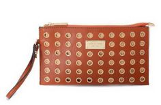 2013 Michael Kors New Arrival Wallet 002. I want this in black and gold!!!!
