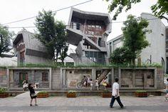 Gallery of Kenneth Frampton On The Work of Wang Shu and Lu Wenyu - 29