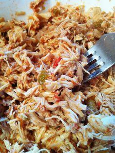 Love cooking this Shredded Salsa Chicken with approved salsa Slow Cooker Recipes, Paleo Recipes, Mexican Food Recipes, Crockpot Recipes, Real Food Recipes, Chicken Recipes, Cooking Recipes, Whole 30 Diet, Paleo Whole 30