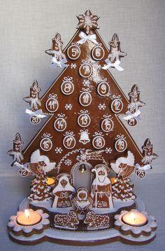 Adventní kalendář Czech Recipes, Gingerbread Houses, Czech Republic, Holiday Decor, Christmas, Cupcakes, Cooking, Wafer Cookies, Crack Crackers