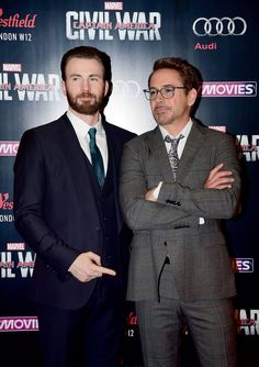 """Whatcha pointing to there pal? XD """"Captain America: Civil War"""" London Premiere - 0070 - Incredibly Downey Jr. 