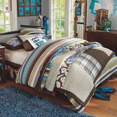 Young Boys Room Surf Theme Beach Room  - great colors