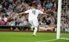 El doblete de Benzema permite al Madrid compartir liderato