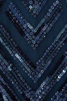 Elie Saab Gold V Back Beaded Gown detail