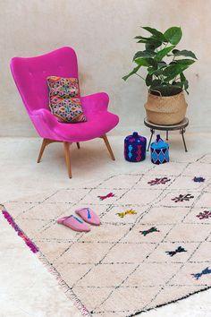 Vintage Moroccan rug from Pink Rug Co. www.etsy.com/shop/pinkrugco