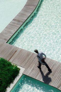 Baan San Kraam by Sanitas Studio « Landscape Architecture Platform Contemporary Landscape, Urban Landscape, Landscape Design, Modern Landscaping, Outdoor Landscaping, Urban Planning, Pool Designs, Water Features, Landscape Architecture