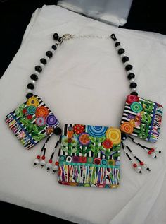 Collar de Kimberly Arden.jpg