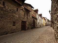 Old castle walls encasing the old medieval city of Tallinn Estonia 01