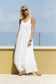 White Linen Maxi Dress / Shop Online at www.touche.com.co Touche Collection Swimwear