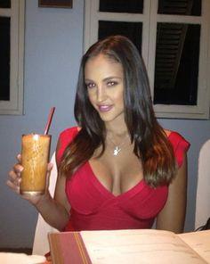 hot women with FLBP-16