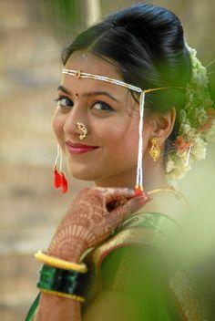 http://photographers.canvera.com/west/maharashtra/thane/studio-pratibimb