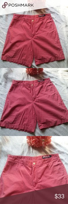 Vineyard Vines Mens Club Shorts Size 35 Vineyard Vines Club shorts made of 💯 cotton.  Very preppy and classic!  On front of shorts there are a few pinpoint white marks.  Not very noticeable, but I have shown them in the pictures. Vineyard Vines Shorts